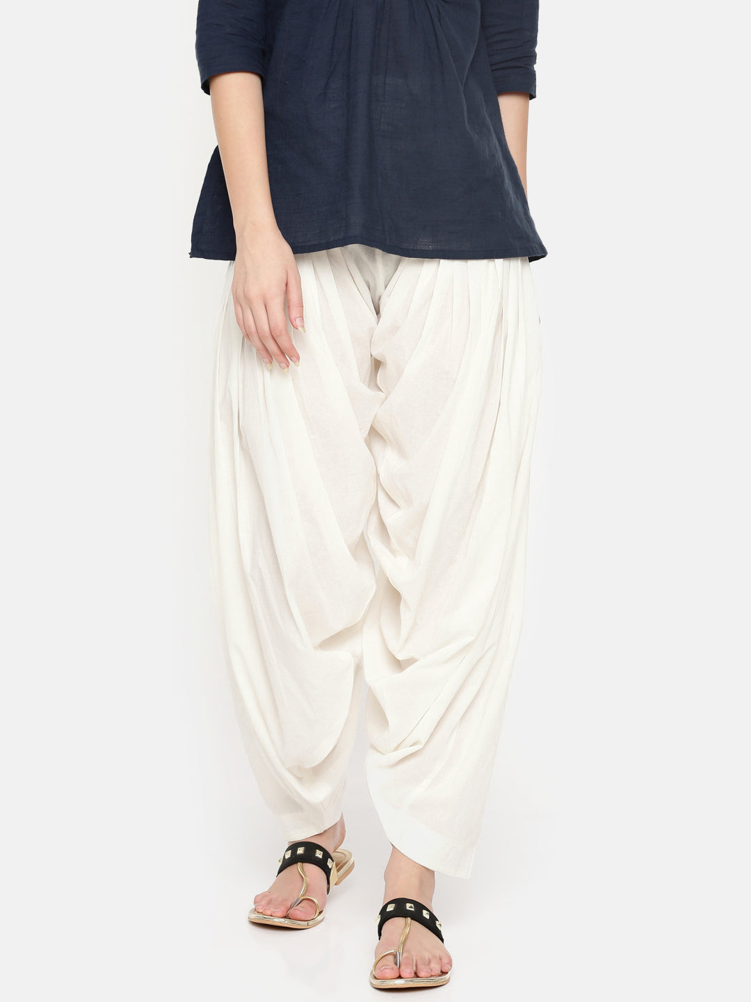 De Moza Ladies Offwhite Solid Patiala- Offwhite Patiala For Ladies