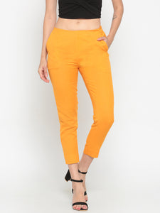 De Moza Mustard Solid Slim Fit Coloured Pants
