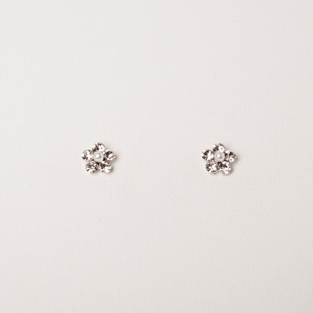 Small Daisy Flower Studs Clear/Pearl