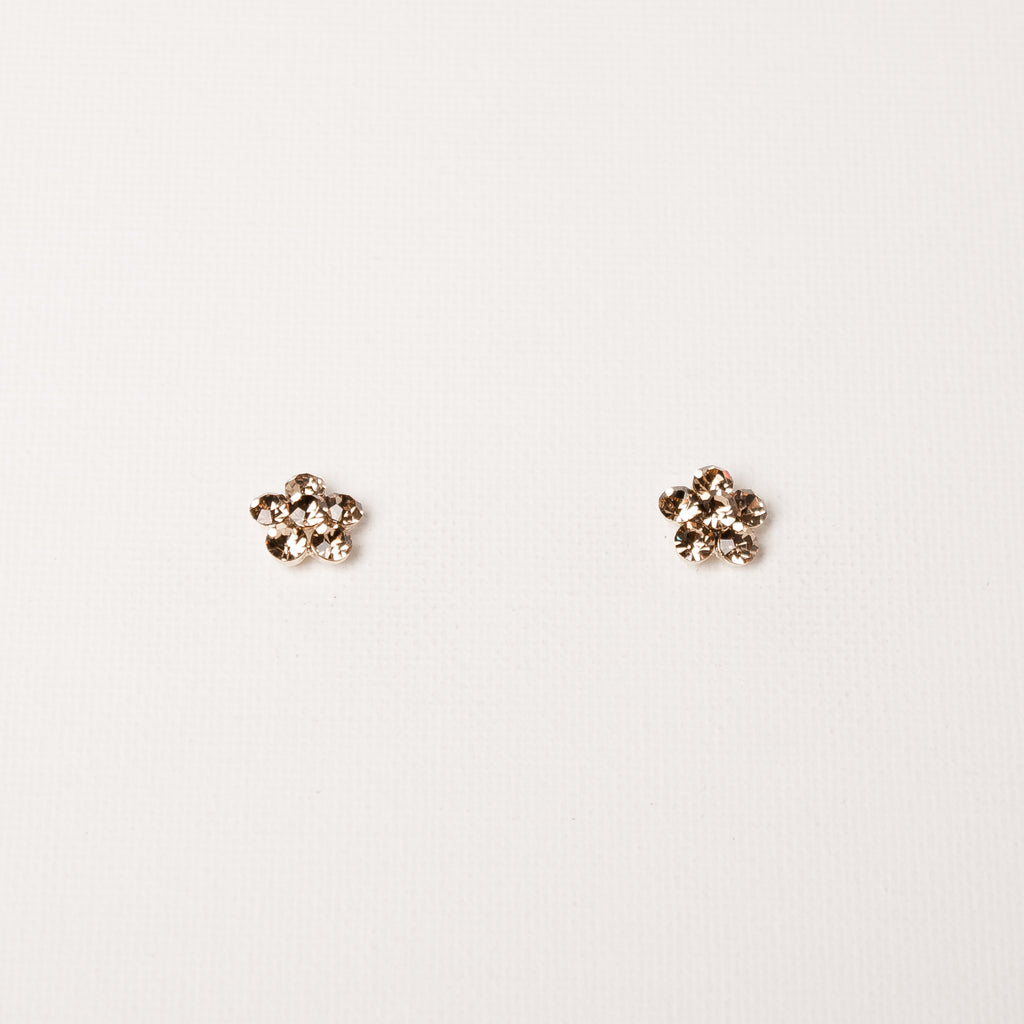Small Daisy Flower Studs Light Peach