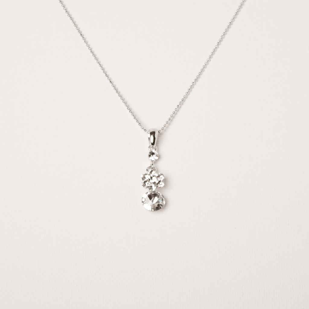 Dainty Flower Drop Necklace Clear