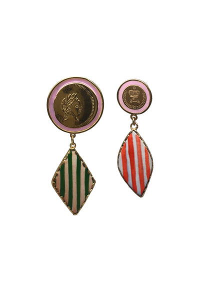 Mismatch stripy earrings
