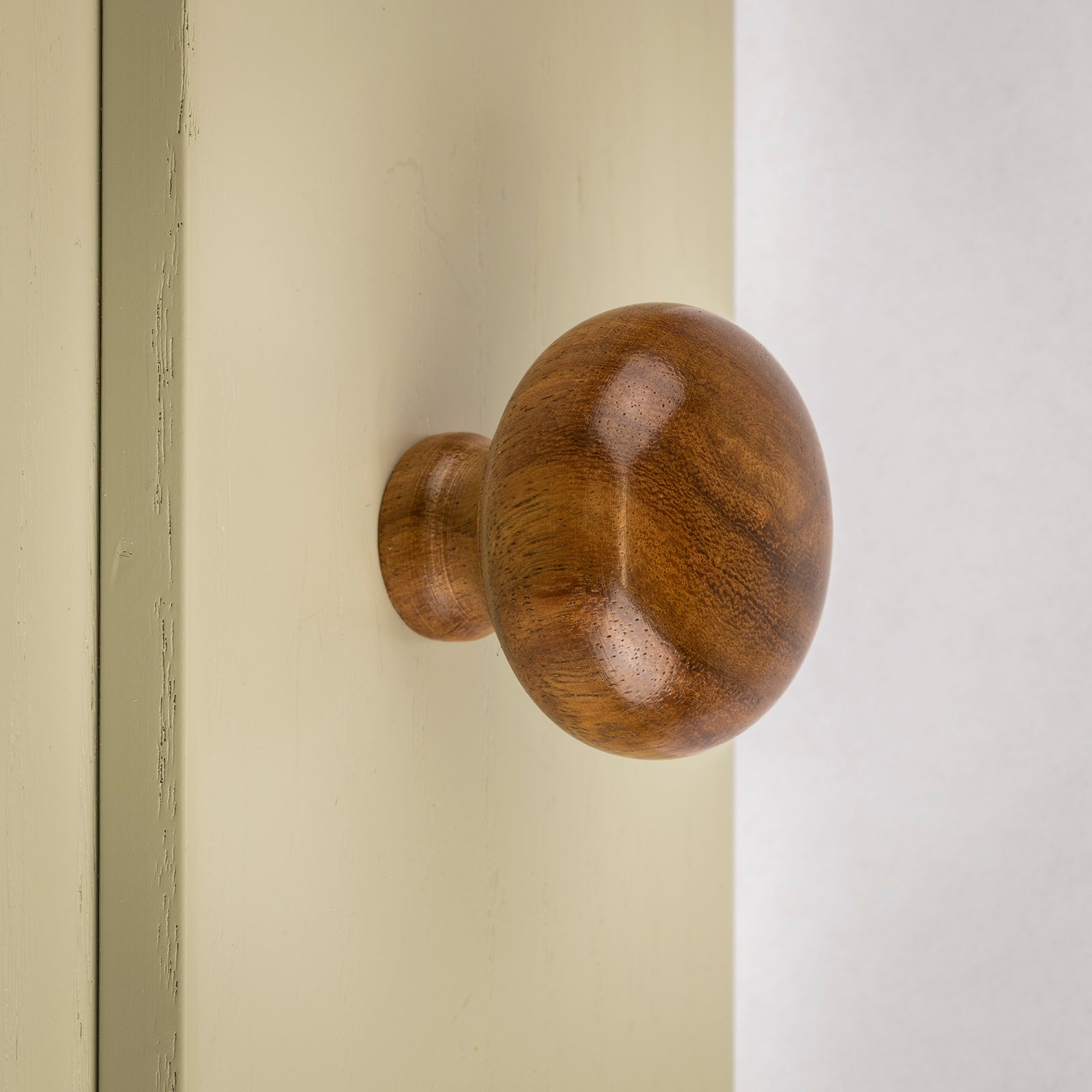 Rosewood cupboard knob SHOW
