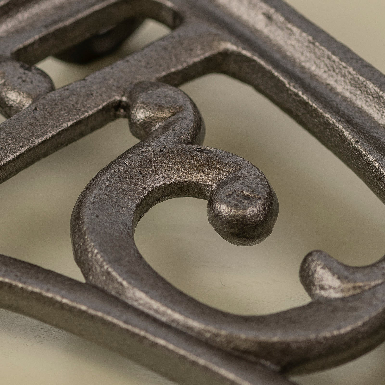 vine cast iron shelf bracket