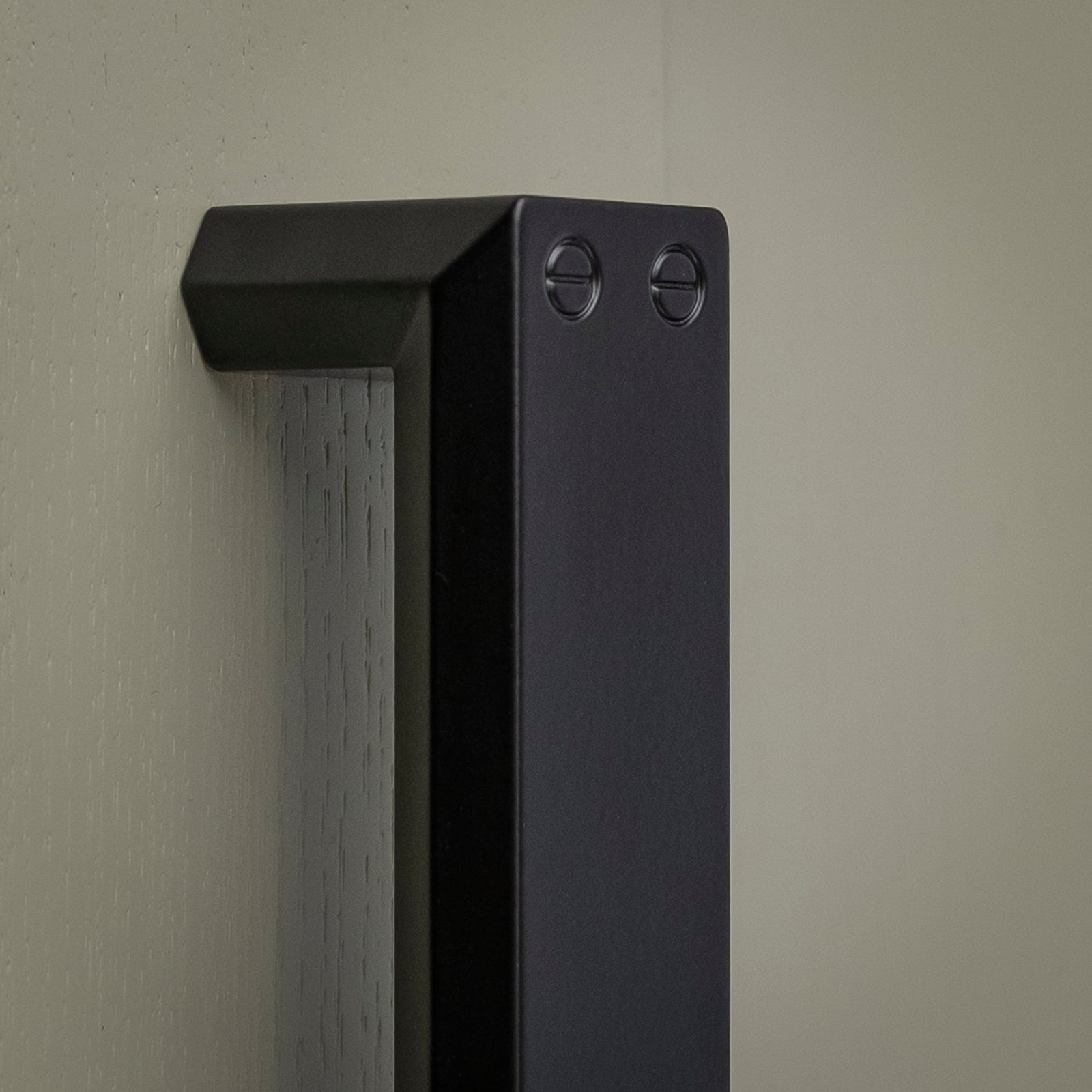Black cupboard handle SHOW