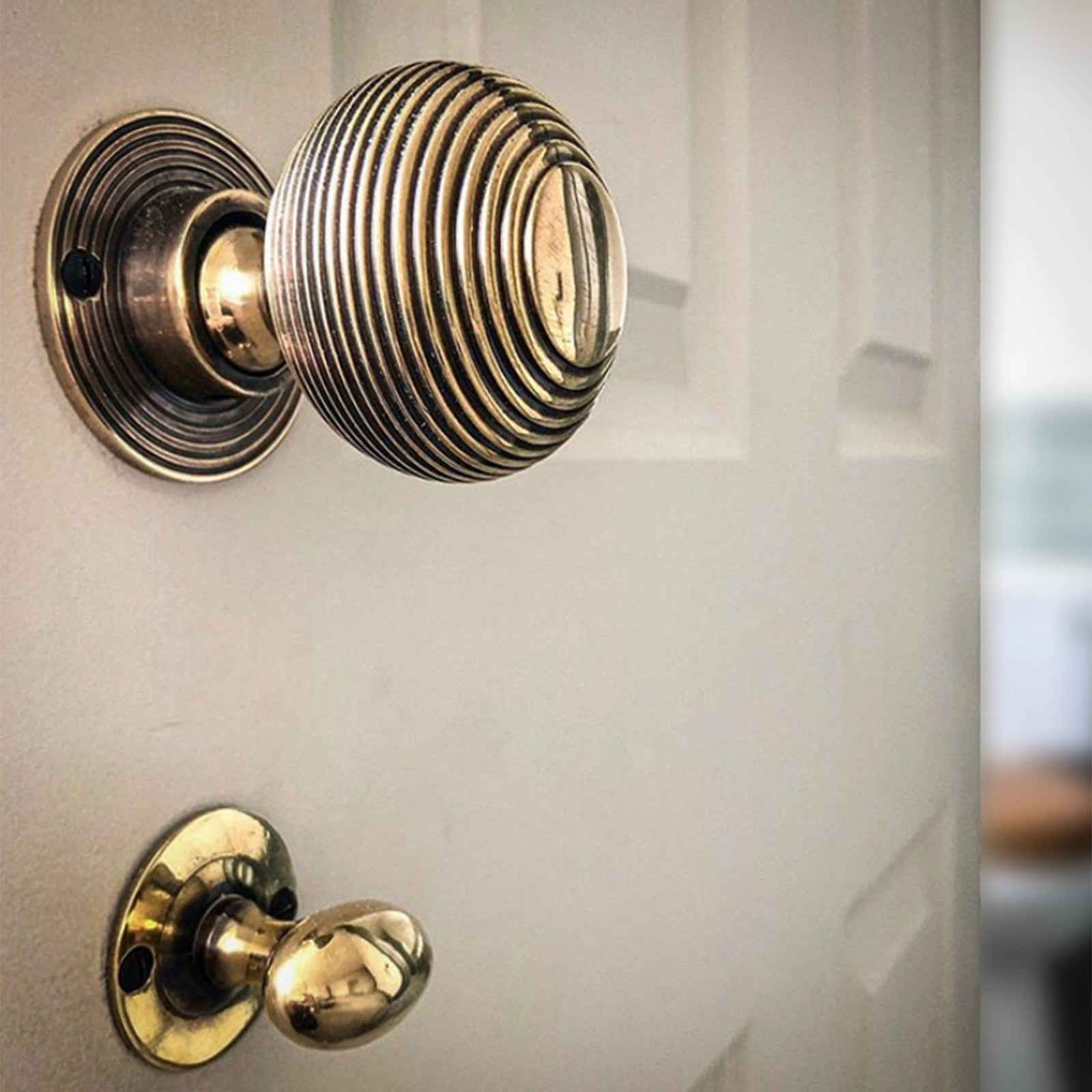 Bathroom door lock with door knob SHOW