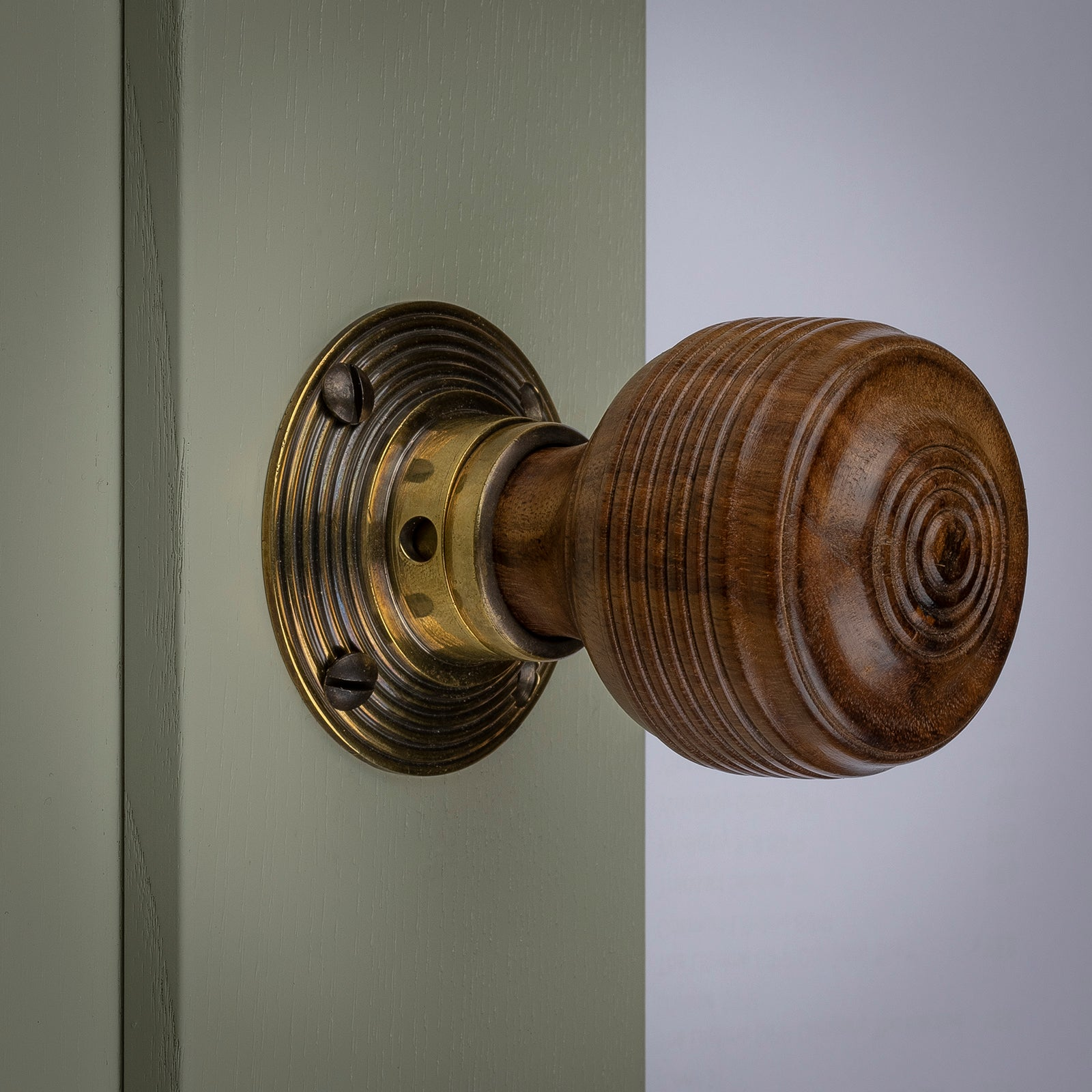 georgian door knobs
