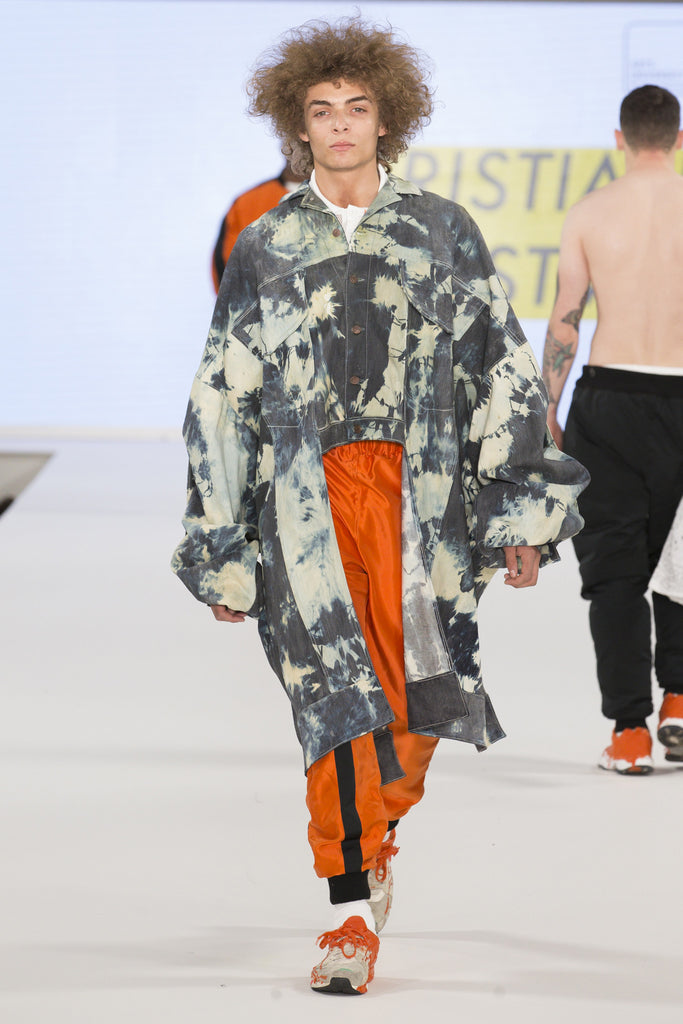 Graduate Fashion Week 2017: Arts University Bournemouth Kristian Østvik - Erebus