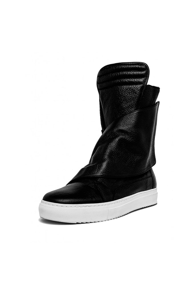 Shop emerging slow fashion unisex shoe brand EZ Lab Sneakers black on white High-Top Wrap Leather Sneakers - Erebus