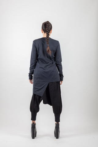 Shop Emerging Avant-garde Genderless Brand XCONCEPT Black Asymmetric Pocket Top at Erebus