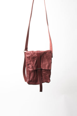 Shop Emerging Slow Fashion Avant-garde Artisan Leather Brand Gegenüber Red Reise 3 Messenger Bag at Erebus