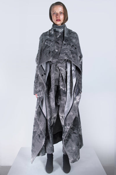 Shop emerging futuristic genderless designer Fuenf Metaphysics AW20 Collection Signature Jacquard Transformable Coat at Erebus