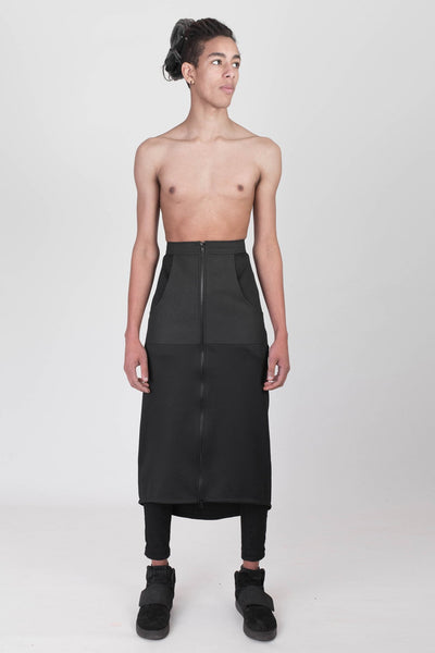 Shop emerging designer Fuenf black Urban High-Rise Maxi Skirt - Erebus