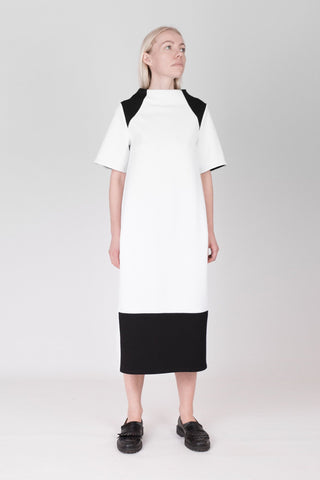 Shop emerging designer Fuenf white and black scuba Minimal Dress - Erebus