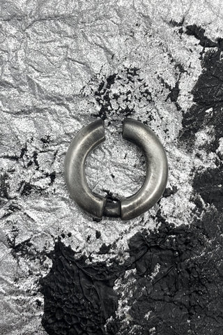 Shop Emerging Slow Fashion Avant-garde Jewellery Brand OSS Haus MSKRA Collection Silver Gouf Ear Cuff at Erebus