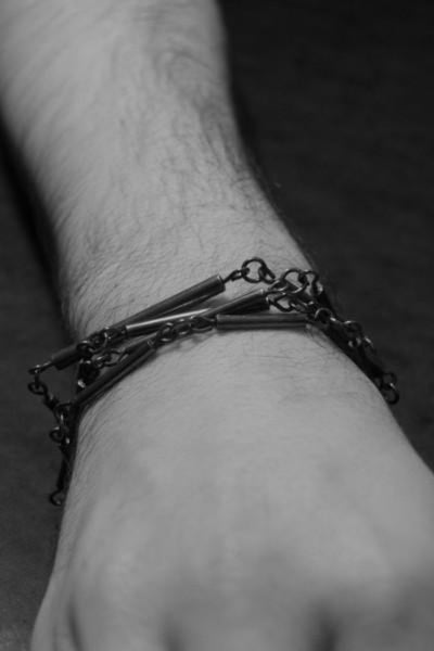 Emerging slow fashion brand Murky Jewelry AR03 oxidised sterling silver bracelet - Erebus - 2