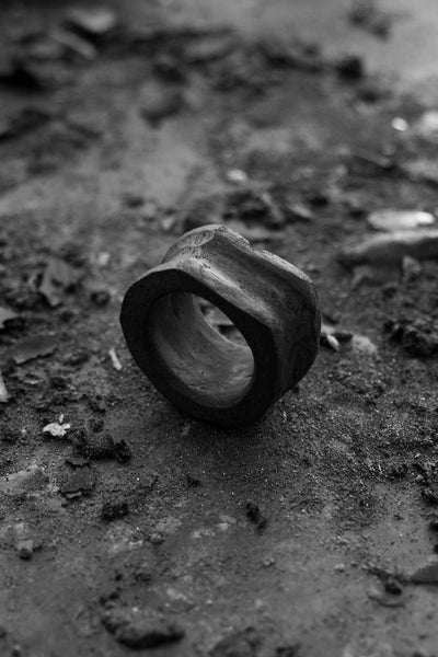 Shop Emerging Avant-garde Jewellery Brand Surface/Cast Black Concrete Absence Medium Ring at Erebus