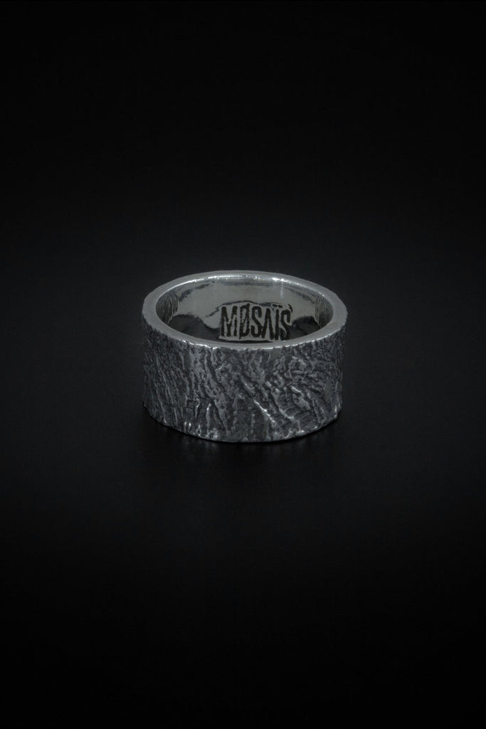 Shop emerging slow fashion unisex jewellery brand Møsaïs Silver Wood Ring - Erebus