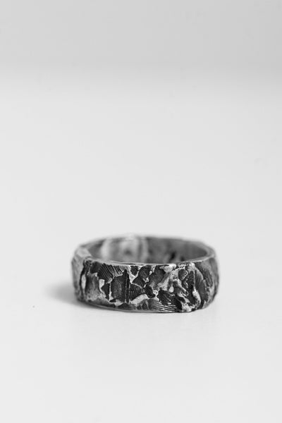Shop Emerging Avant-garde Jewellery Brand OSS Cannibal S Band Ring at Erebus