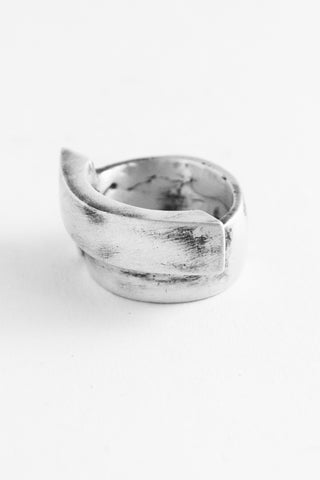 Shop Emerging Slow Fashion Avant-garde Jewellery Brand OSS Haus Awakening Collection Silver Coliseo Ring at Erebus