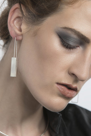 Shop Emerging Structural Jewellery Brand Conservation of Matter Silver Sculptural Rectangle Earrings at Erebus