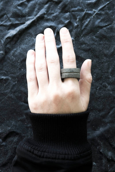 Shop Emerging Avant-garde Jewellery Brand Suface/Cast Black Concrete Channel Medium Ring at Erebus