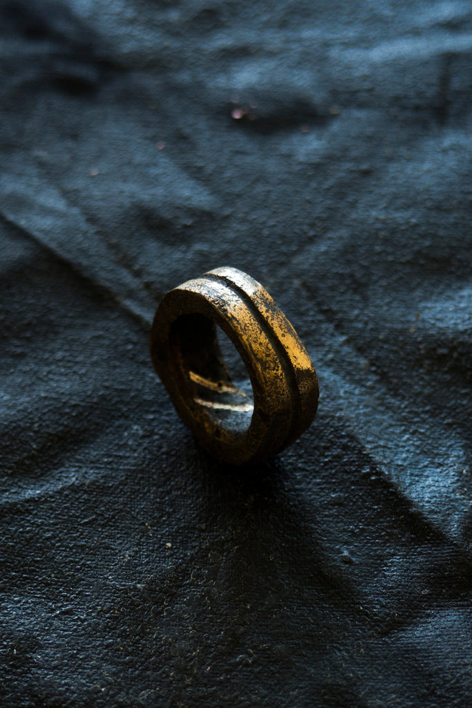 Shop Emerging Avant-garde Jewellery Brand Surface/Cast Blackened Bronze Channel Small Ring at Erebus