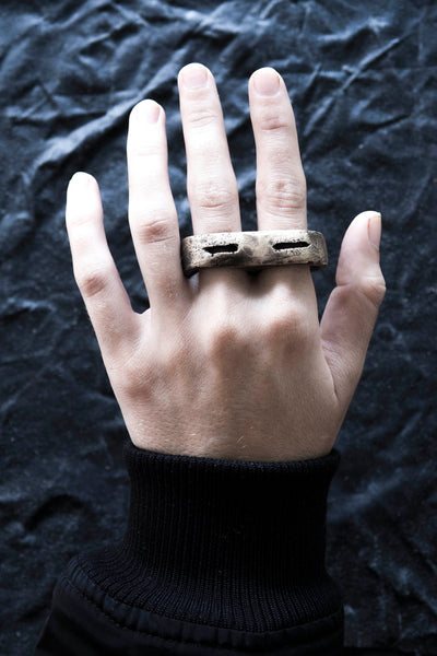 Shop Emerging Avant-garde Jewellery Brand Surface/Cast Blackened Bronze Crevasse Double Ring at Erebus