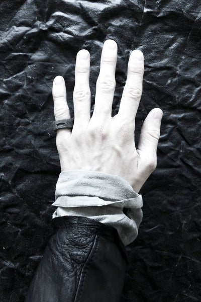Shop Emerging Avant-garde Jewellery Brand Surface/Cast Black Concrete Crevasse Small Ring at Erebus
