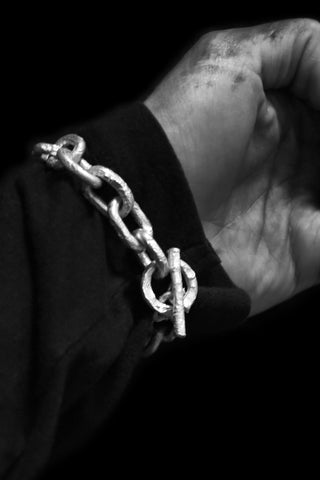 Shop Emerging Slow Fashion Avant-garde Jewellery Designer David Gaboriau Polished Silver Raw Chain Bracelet at Erebus