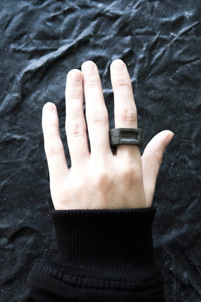 Shop Emerging Avant-garde Jewellery Brand Surface/Cast Black Concrete Displaced Mass Medium Ring at Erebus