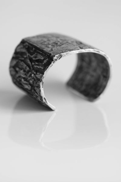 Shop Emerging Avant-garde Jewellery Brand OSS HL Cannibal Bracelet at Erebus