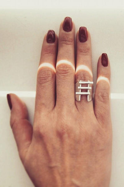 Emerging slow fashion jewellery brand Vika Mayzel Jewelry sterling silver Hadas Ring - Erebus - 2