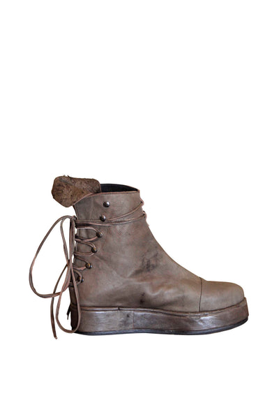 Shop Emerging Slow Fashion Genderless Avant-garde Designer Mark Baigent Reclaimed Sheep Leather Hektor Boots at Erebus
