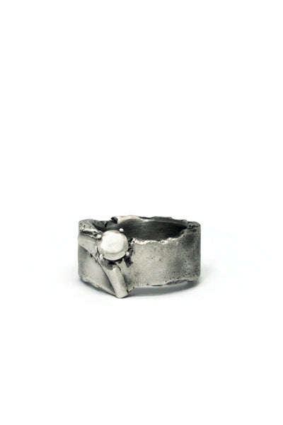 Shop Emerging Slow Fashion Avant-garde Jewellery Brand Gothmos Silver Promise Ring at Erebus