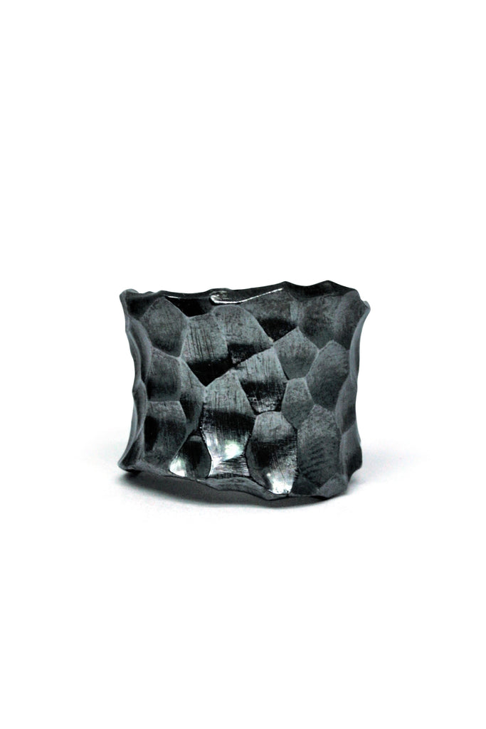 Shop Slow Fashion Avant-garde Jewellery Brand Gothmos Black Silver Unbalanced Hand-Hammered Ring at Erebus