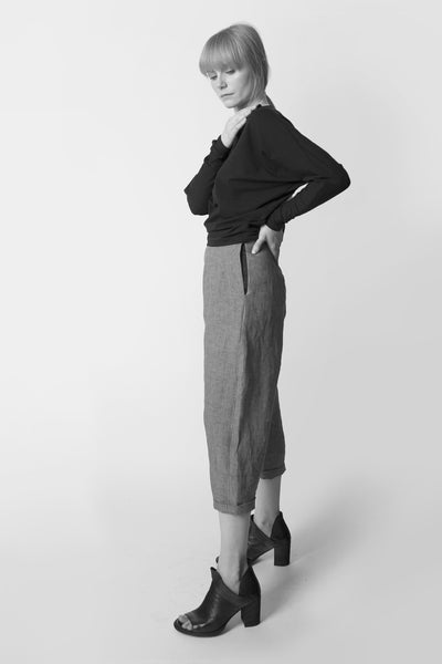 Shop Emerging Conscious Avant-garde Fashion Brand Atelier Kesa Grey Organic Linen Everyday Trousers at Erebus