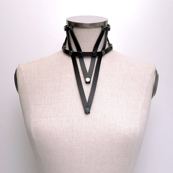 Shop emerging slow fashion accessory brand Aumorfia black leather VXL necklace - Erebus - 4
