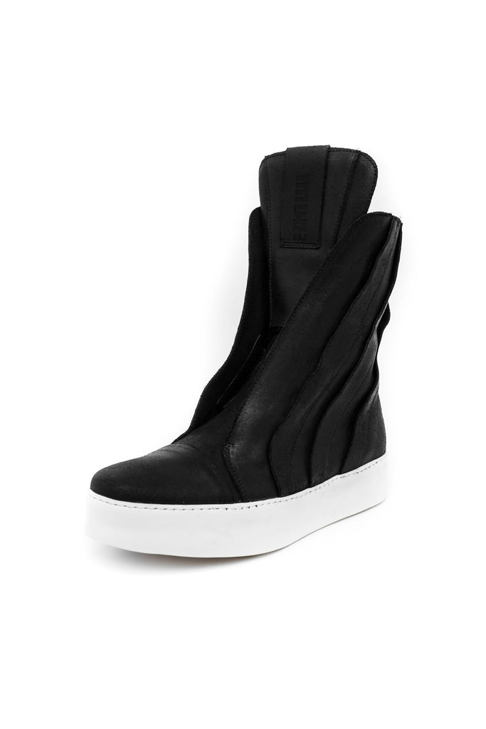 Shop emerging slow fashion unisex shoe brand EZ Lab Sneakers black on white Panelled High-Top Waxed Leather Sneakers - Erebus
