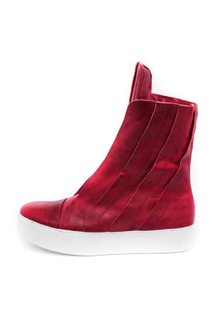 Shop emerging slow fashion unisex shoe brand EZ Lab Sneakers red on white Panelled High-Top Foulonné Leather Sneakers - Erebus