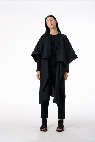 Shop Emerging Dark Conscious Gender-free Designer Lauri Jarvinen Zero Waste Black Cotton Kimono Jacket at Erebus