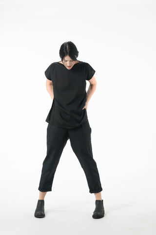 Shop Emerging Dark Conscious Gender-free Designer Lauri Jarvinen Zero Waste Black Casual Slim Pants at Erebus