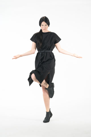 Shop Emerging Dark Conscious Gender-free Designer Lauri Jarvinen Zero Waste Black Nora Twist Dress at Erebus