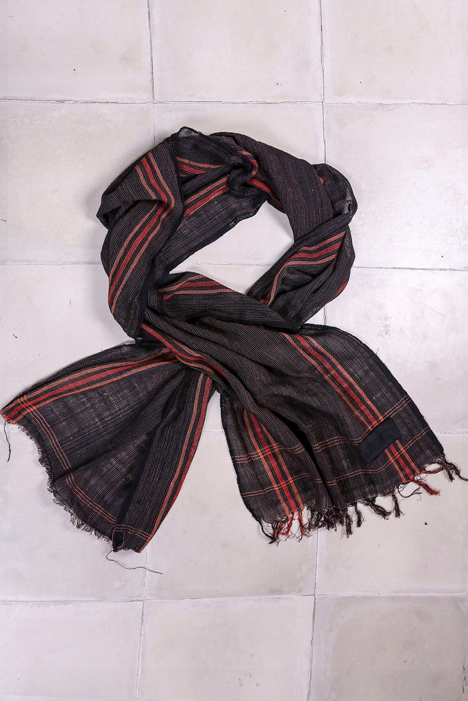 Shop Emerging Slow Fashion Agender Avant-garde Designer Mark Baigent Handwoven Lukka Scarf at Erebus