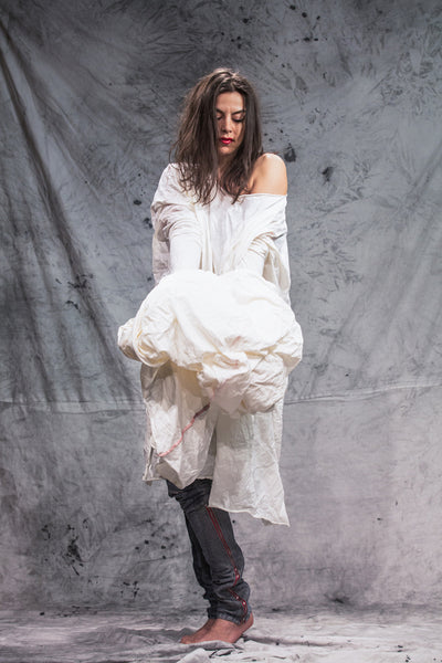 Shop Emerging Slow Fashion Conscious Conceptual Brand Things I Miss Off-White Organic Cotton Velik Šal Giant Tube Scarf at Erebus