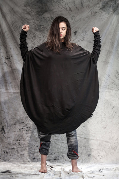 Shop Emerging Slow Fashion Conscious Conceptual Brand Things I Miss Black Organic Cotton Jersey Simetrični Krog Top at Erebus