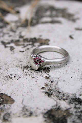 Shop Emerging Slow Fashion Avant-garde Jewellery Brand Gothmos Silver Imperfect Ruby Ring at Erebus