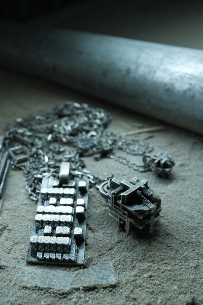 Shop Emerging Slow Fashion Avant-garde Jewellery Brand Møsaïs Silver MR-12 Pendant Necklace at Erebus