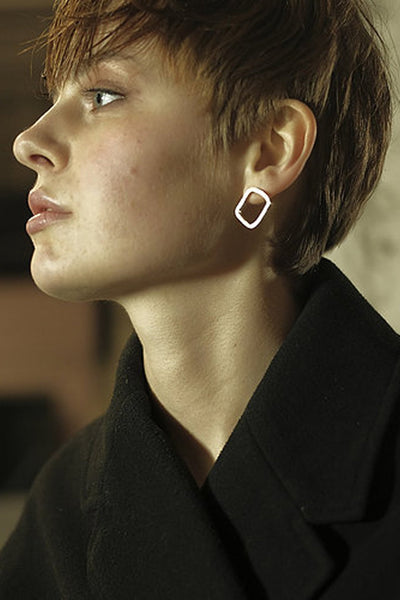 Shop Emerging Slow Fashion Avant-garde Jewellery Brand Møsaïs Silver Carya Earring at Erebus