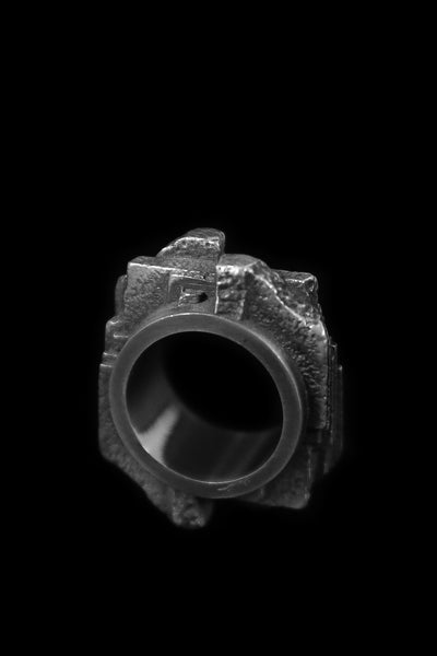 Shop Emerging Slow Fashion Avant-garde Jewellery Brand Møsaïs Silver OCO-1 Ring at Erebus